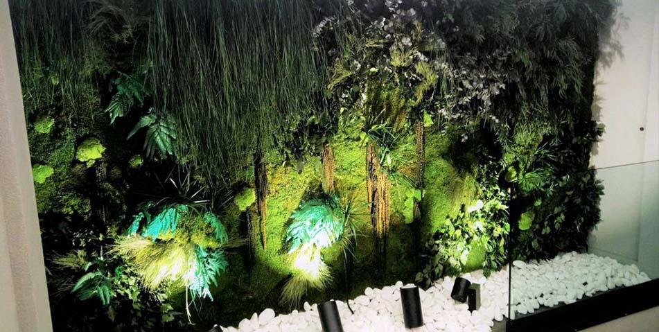 Jardines artificiales madrid 1 arreglos florales vikenzo for Jardines verticales artificiales madrid